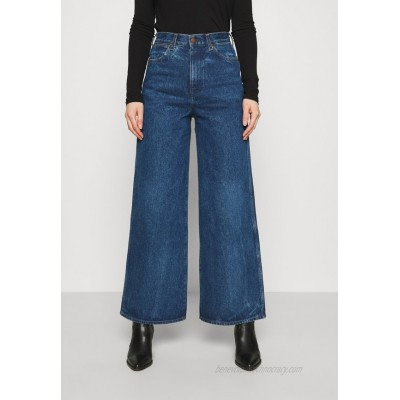 Wrangler WORLD WIDE Relaxed fit jeans under water/blue denim